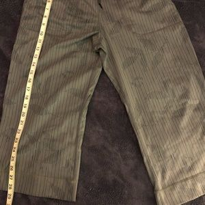 Lululemon capri pants